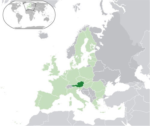 Austria (dark green) and its surrounding neighbors (Photo from Wikimedia Commons courtesy of CrazyPhunk)