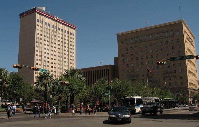 Plaza San Jacinto en el centro de El Paso. (Lourdes Cueva Chacón/Borderzine.com)