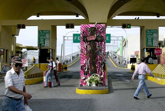 Memorial to Juarez's murdered women 2004