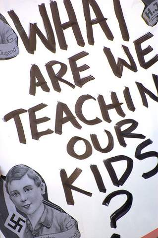 What are we teaching to our kids? (George Thomson/Borderzine.com)