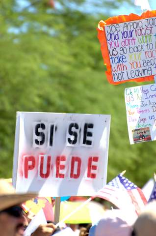 """Sí se puede"" (George Thomson/Borderzine.com)"