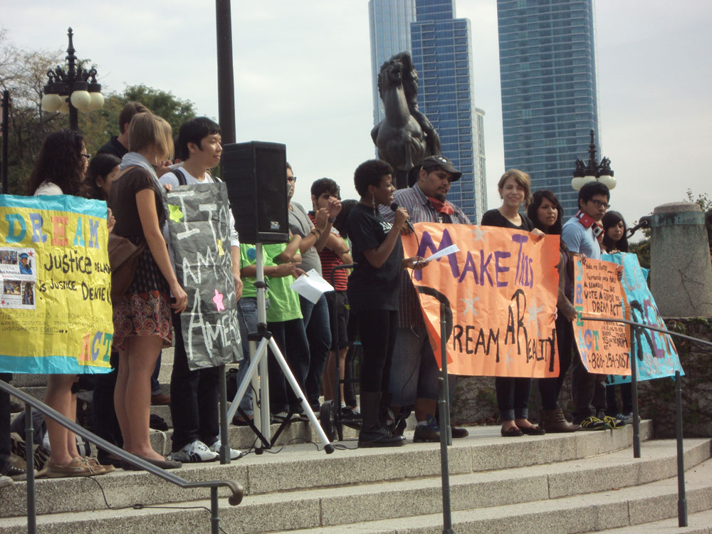 Supporters of the DREAM Act protest in Chicago. (Photo courtesy of Lynndel Noriega)
