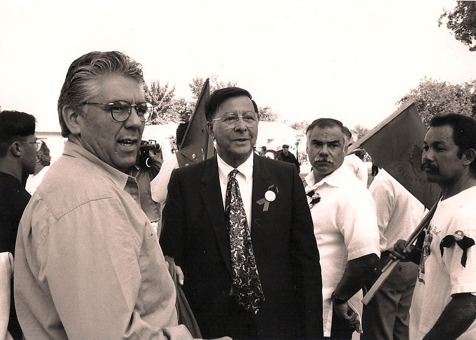 Mario Obledo, center. (Photo by Anthony Contreras, courtesy of the Obledo family)