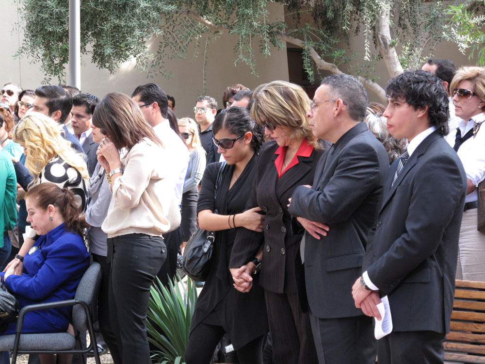 Parents and siblings of Manuel Acosta attended the memorial prepared by UTEP officials. (Danya Hernandez/Borderzine.com)