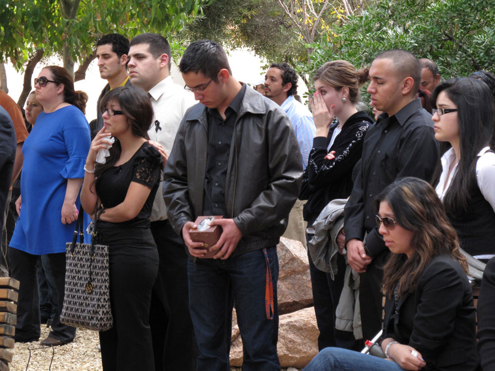 Friends and classmates of Acosta and Diaz attended the memorial at UTEP. (Danya Hernandez/Borderzine.com)