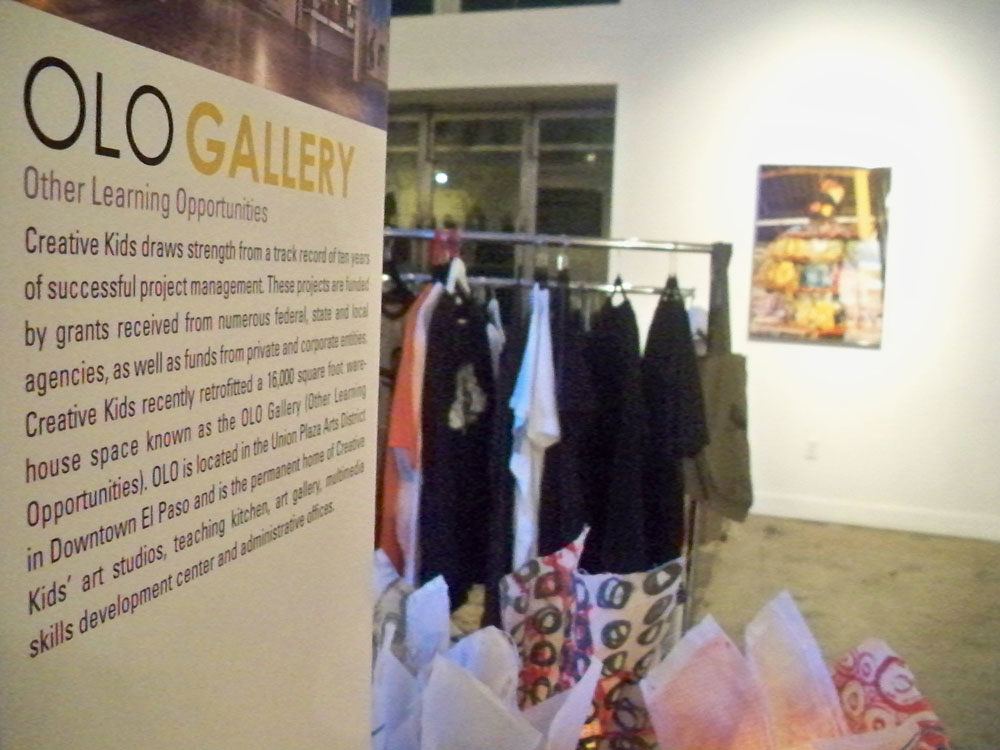 Other Learning Opportunities, OLO Gallery. (April Lopez/Borderzine.com)