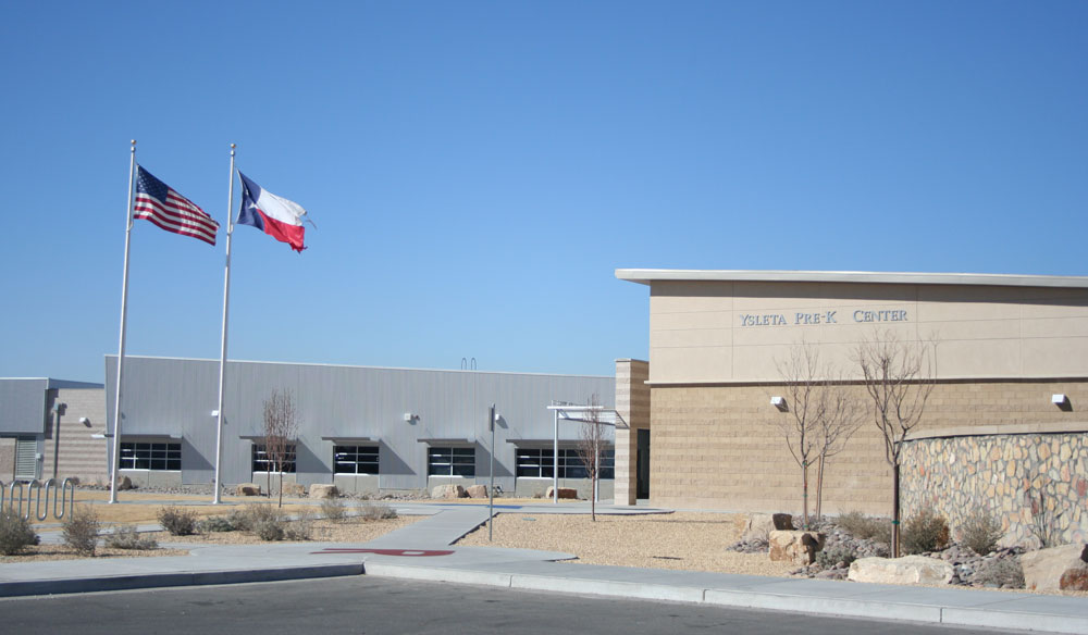 Ysleta Pre-K Center, with 725 students and 100 employees, might suffer a budget cut for their programs. (Diana Amaro/Borderzine.com)