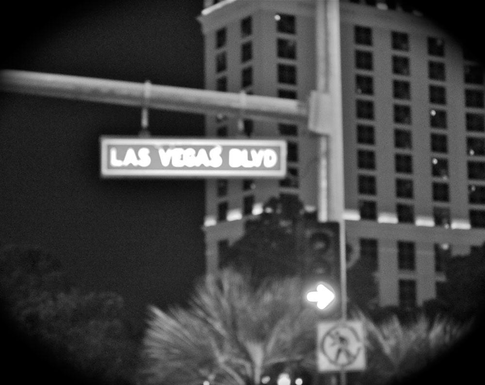 Las Vegas Boulevard. (Kitria Stewart/Borderzine.com)