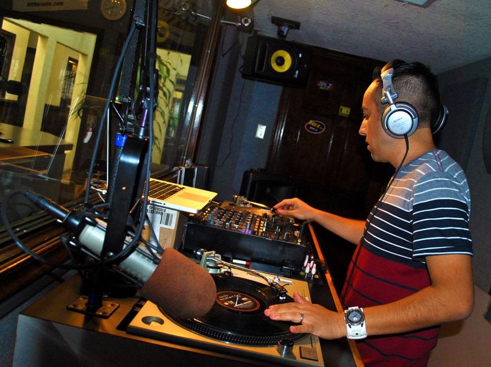 DJ Javi Pedregon (Nicole Castillo/Borderzine.com)