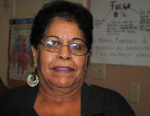 Belia Saucedo dice que el programa Memorias del Silencio le ha ayudado a aprender cosas que quedaron inconclusas en su vida. (Elvia Navarrete/Borderzine.com)