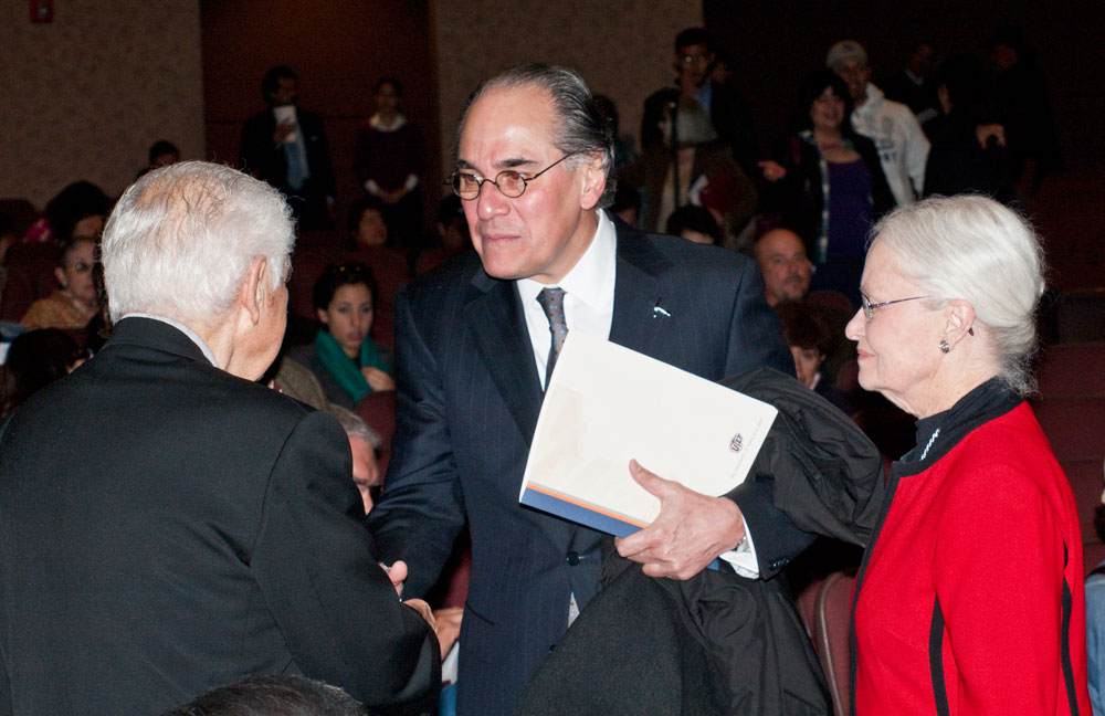 Dr. Blanco and UTEP President, Dr. Natalicio, greet attendees at the Centennial Lectures. (Robert Brown/Borderzine.com)