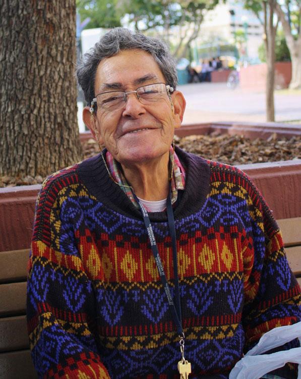 A beatific old man with a gorgeous smile that I found at Plaza los Lagartos. (Cheryl Howard/Borderzine.com)