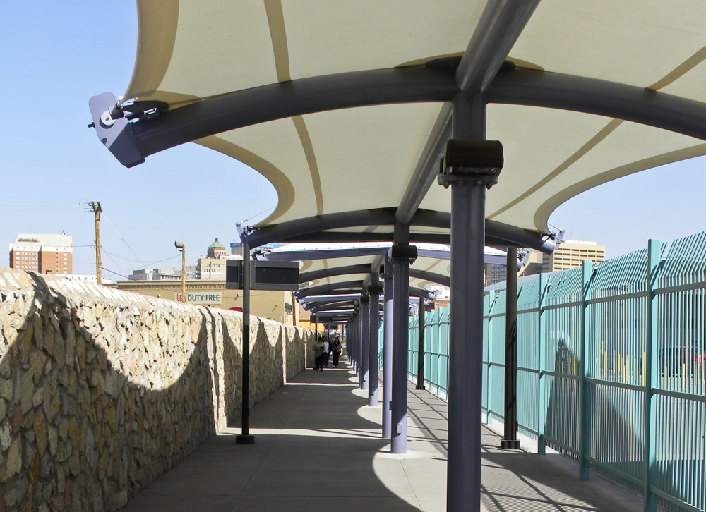 New canopies and rest areas are included in the new system that is part of an El Paso City Council capital improvement plan. (Guerrero Garcia/Borderzine.com)
