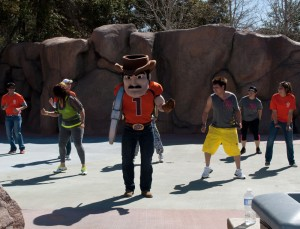 Zumba instructors and UTEP mascot, Paydirt Pete, entice people into healthy exercising. (Cassandra Morrill/Borderzine.com)
