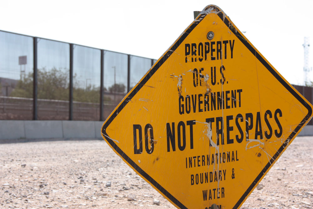 A sign marks an area restricted by the U.S. Border Patrol near the line between Juarez and El Paso. (Mariana Dell/Borderzine.com)