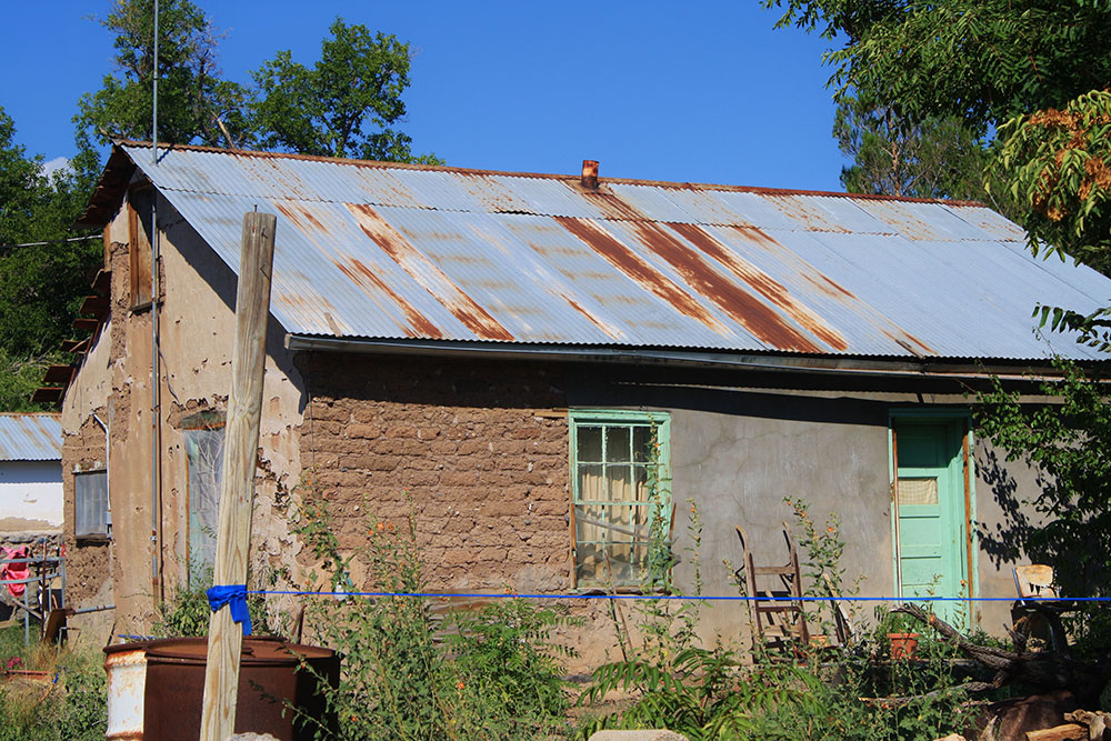 Lessons from the mimbres for Adobe roof