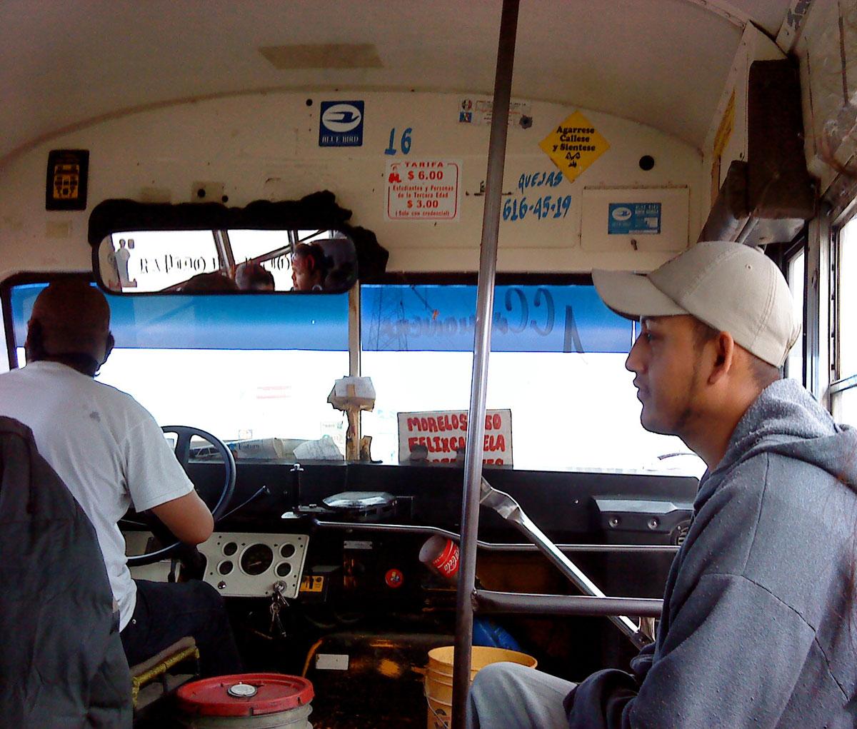 Se hacen aproximadamente 600 mil viajes al día usando el servicio de transporte público de Juárez. (Fernando Aguilar Carranza/Borderzine.com)