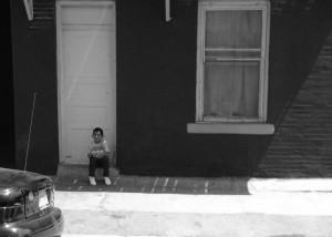 Children are the main victims of family separation. (Anoushka Valodya/Borderzine.com)