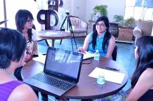 Instructor Yasmine Ramirez (left) leads participants of the ForWord project at Glassbox, Crystal Acuna, Jasmine Flores and Perla Ramirez. (Yuritzy Ramos/Borderzine.com)