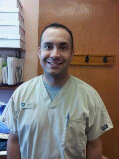 Calvin Zielsdorf, 30, paramédico de El Departamente de Bomberos de El Paso, considera que es muy alarmante que los jóvenes no tomen en serio el peligro de conducir intoxicados. (Estefany Galindo/Borderzine.com)