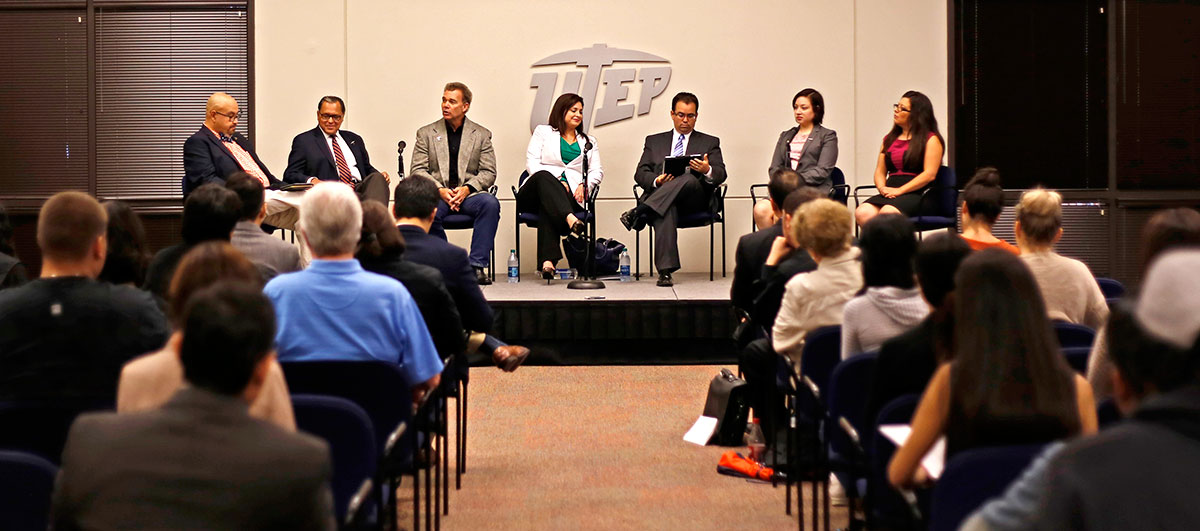 Communication Professor Richard Pineda (far left) leads a discussion on the 83rd Texas Legislature with State Sen. Jose Rodriguez (D), Rep. Joe Pickett (D), Rep. Marisa Marquez (D -77), Rep. Joe Moody (D), Rep. Naomi Gonzalez (D -76) and Rep. Mary Gonzalez (D -75). (Aaron Montes/Borderzine.com)
