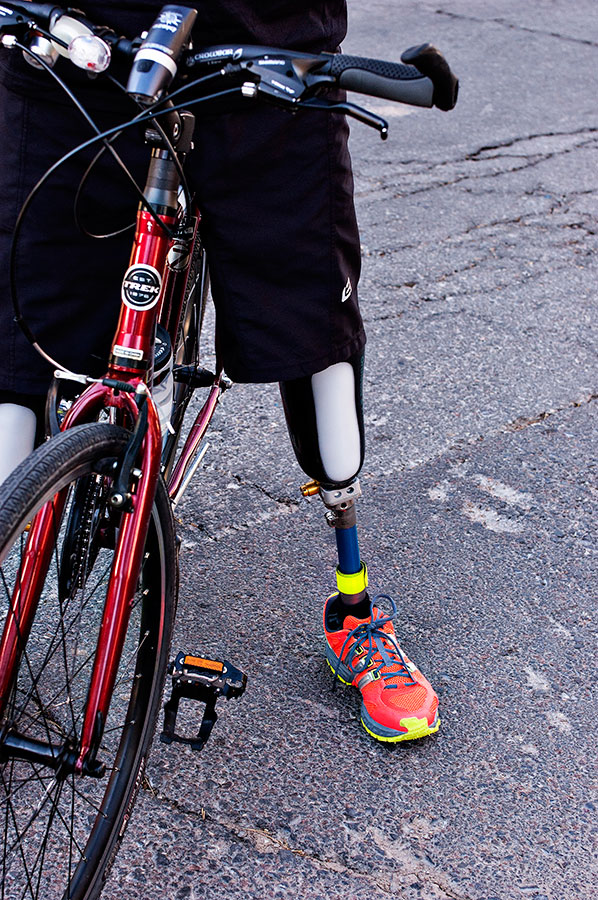 Criminals cut off Gutierrez's legs in September 2011 for refusing to pay extortion fees. (Alejandra Spector/Borderzine.com)