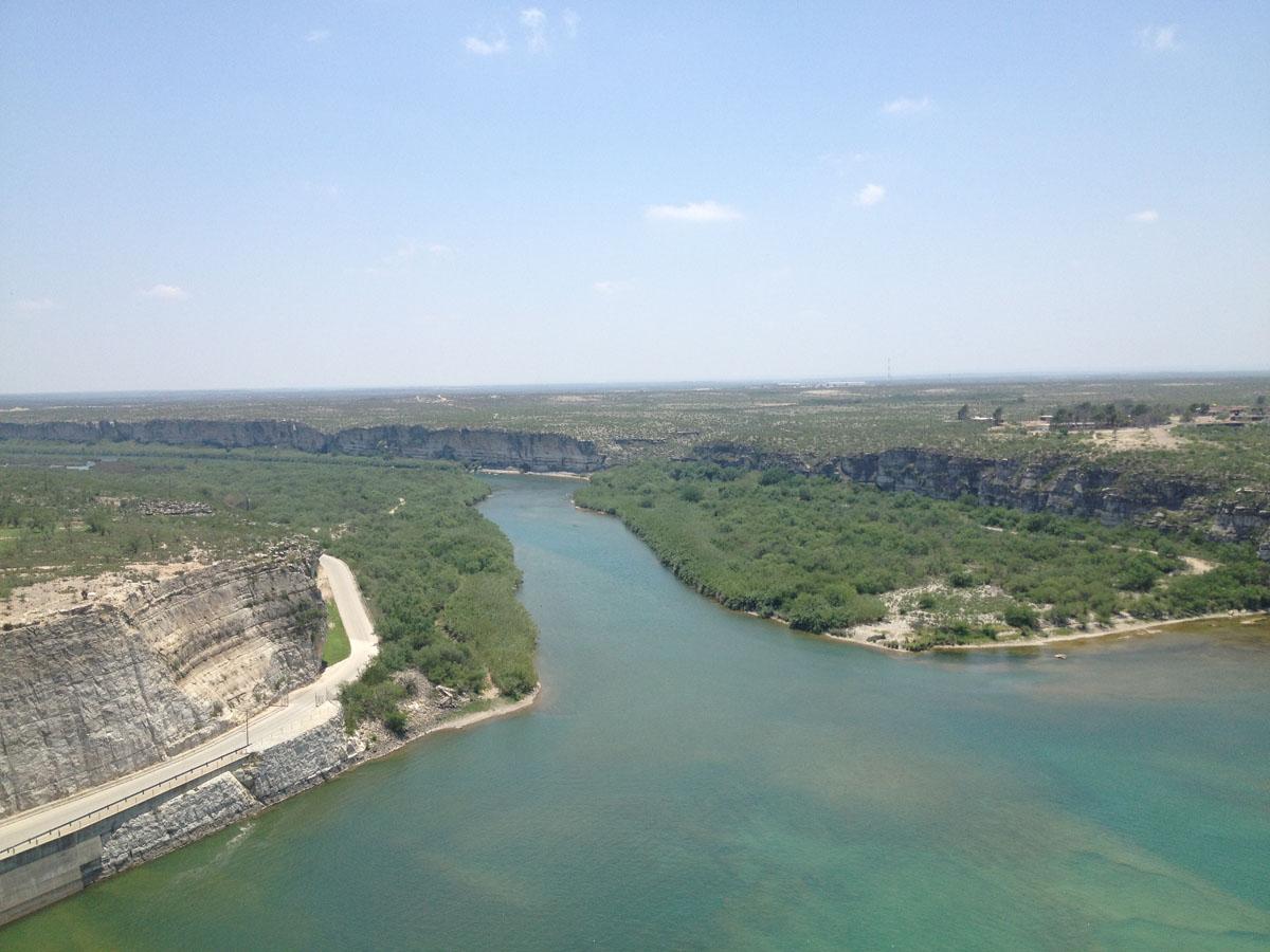 The beautiful Rio Grande River at the foot of Amistad Dam. (Sergio Chapa/Borderzine.com)