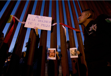 Supporters from several Arizona base human rights groups came for vigil from the US Nogales side. Photo by Nick Oza /The Republic