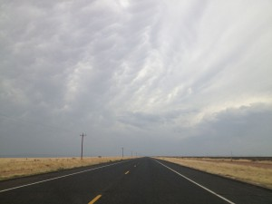 Storm clouds rolled in from the mountains and then over Highway 90. (Sergio Chapa/Borderzine.com)