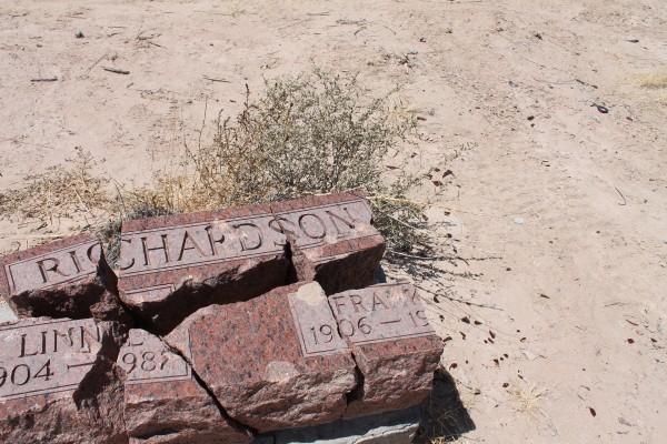 Headstone Richardson Fabens cemetery