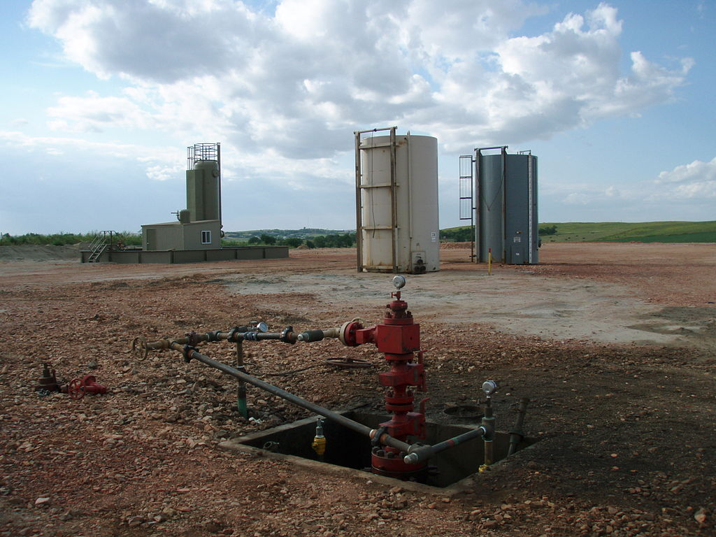 Well head after all the Fracking equipment has been taken off location. Photo by Joshua Doubek via Wikimedia Commons