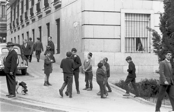 Madrid street scene 1964  256
