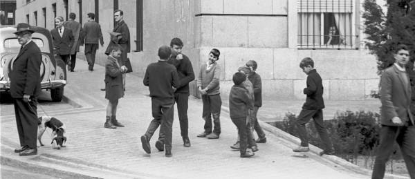 Madrid street scene 1964  256_1024p