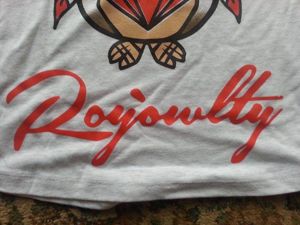 Esta, es la firma de la marca de ropa del joven Fabian.