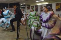 El grupo de dansa Ballet Folklorico of El Paso se entrena arduamente. Photo by Daniel Alvarez, Borderzine.com.