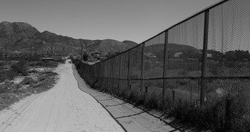 Border fence along Anapra neighborhood. Photo by Aaron Montes, Hispanic Link News Service