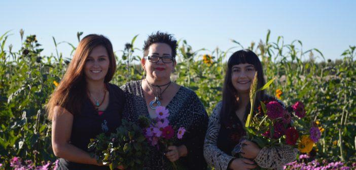 El Paso florist teams with New Mexico flower farm to create ethical arrangements