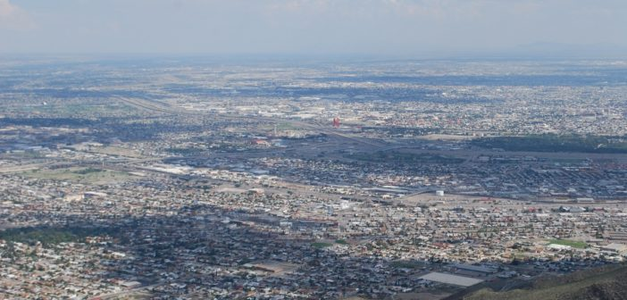 A view of the El Paso/Juarez metropolitan area. Photo by Nora Rausch / Borderzine.com