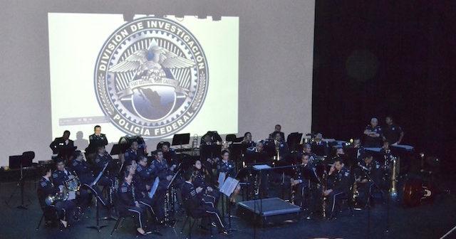 La Policia Federal de México muestra su cara musical