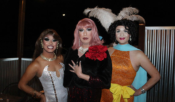 Working hard for the money, El Paso drag queens enjoy creative outlet