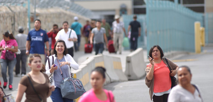 Young people adapt to changing life in a U.S., Mexico borderplex